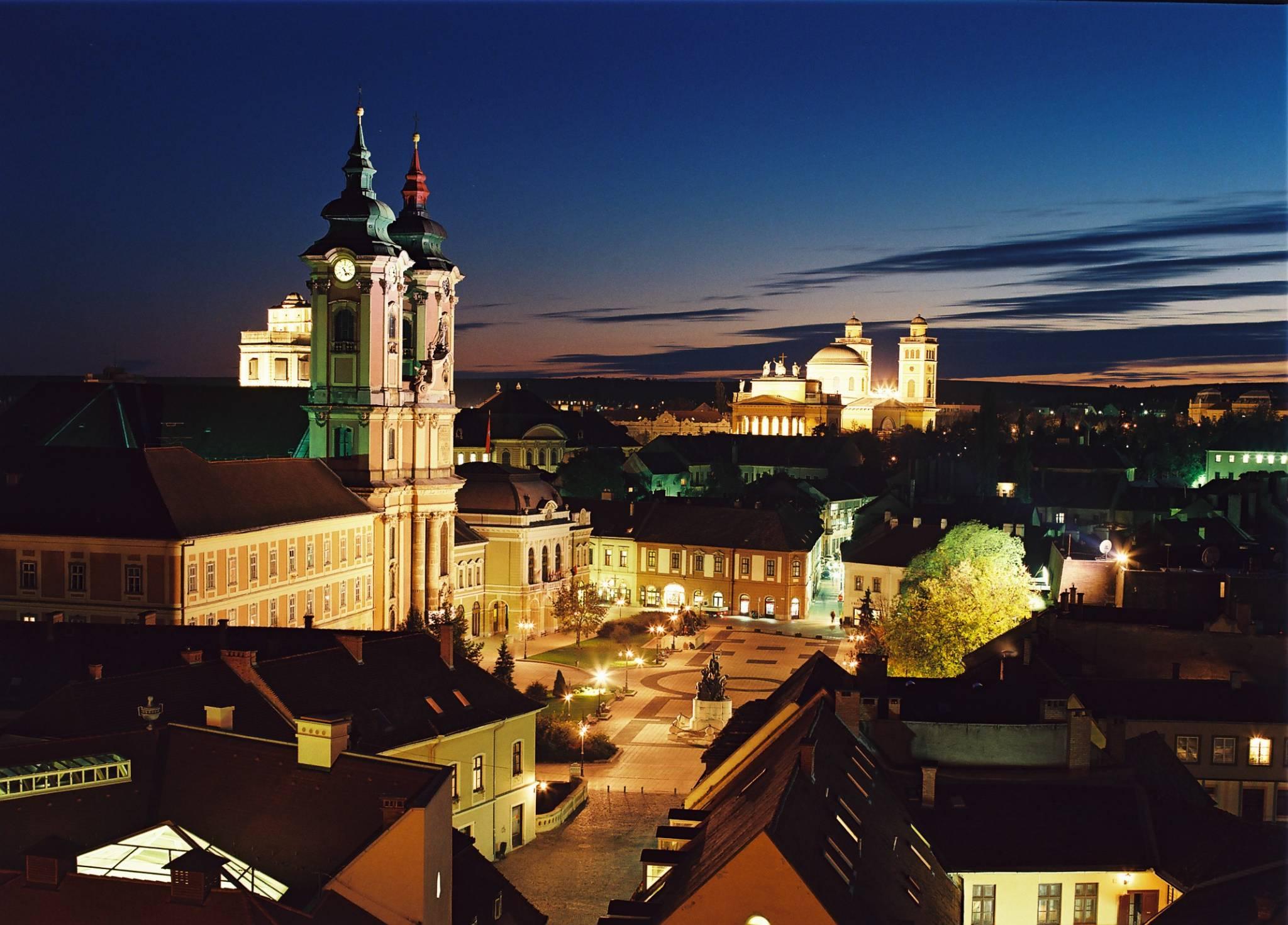 http://i.szalas.hu/hotels/459266/original/3113566.jpg