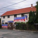 Éva Panzió utca front