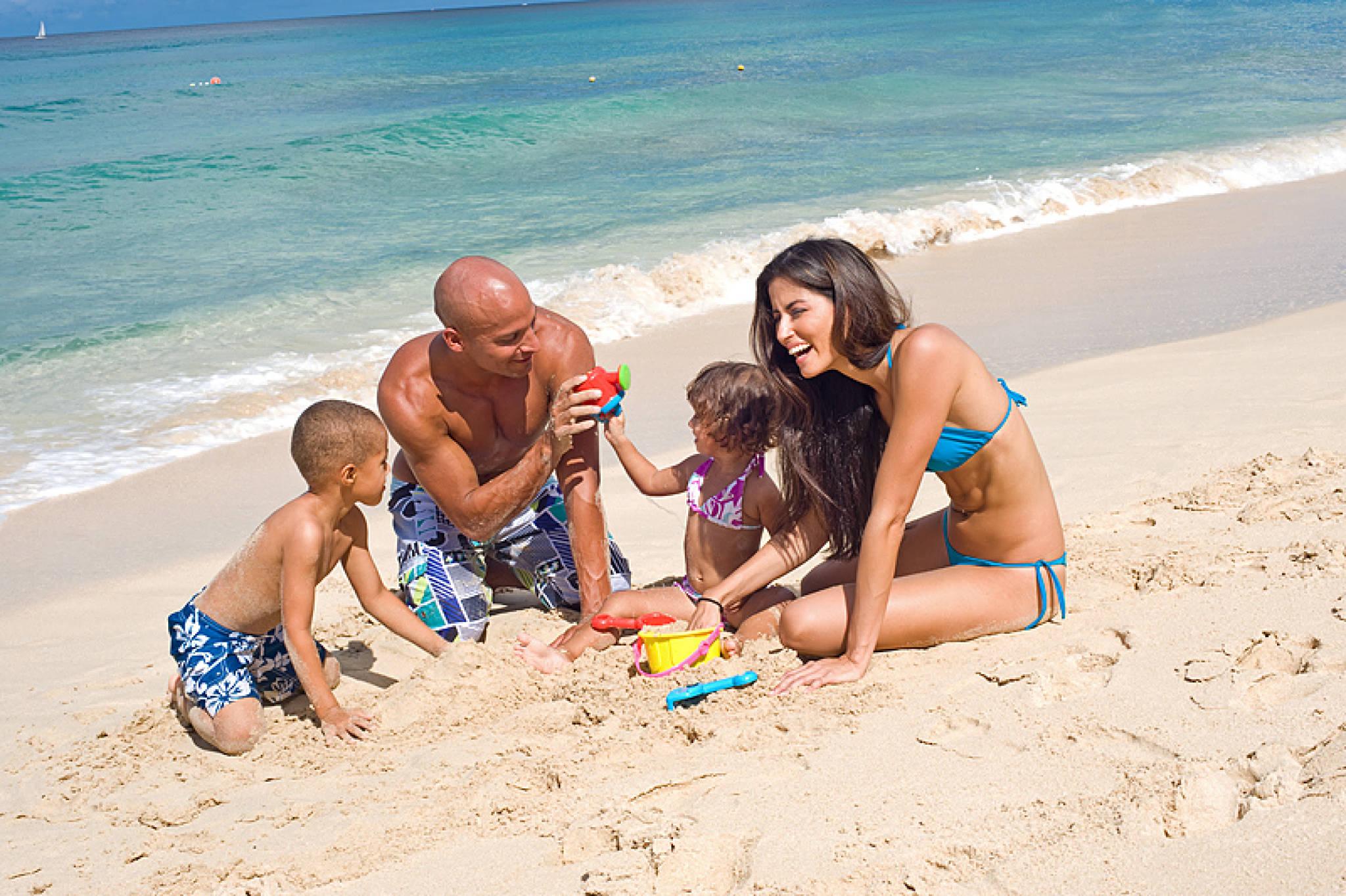 Семейное на пляже 19 фотография