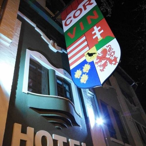 Corvin Hotel Gyula - picture of the building
