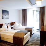 Camera deluxe cu 2 paturi (pentru 2 pers)