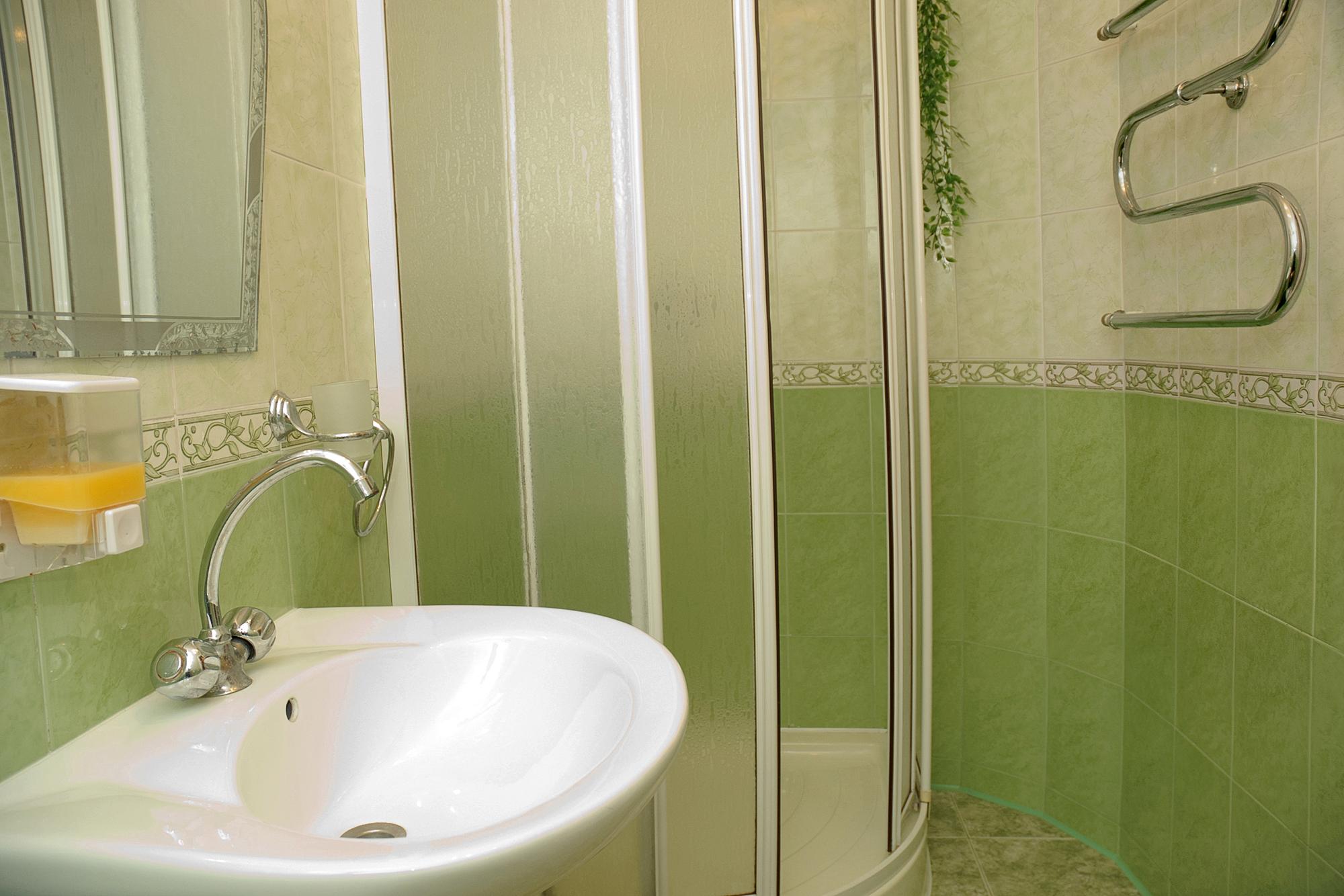 Эконом дизайн ванной фото