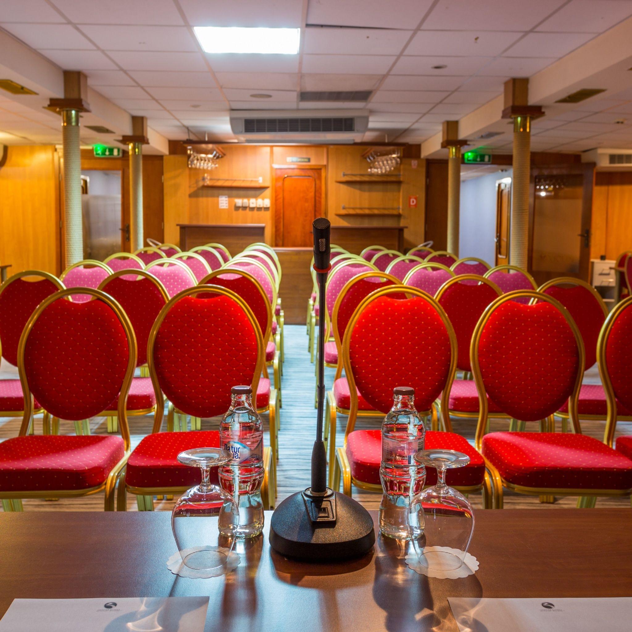 Grand Jules Boat Hotel Budapest - Alber király Konferenciaterem - Albert király Konferenciaterem