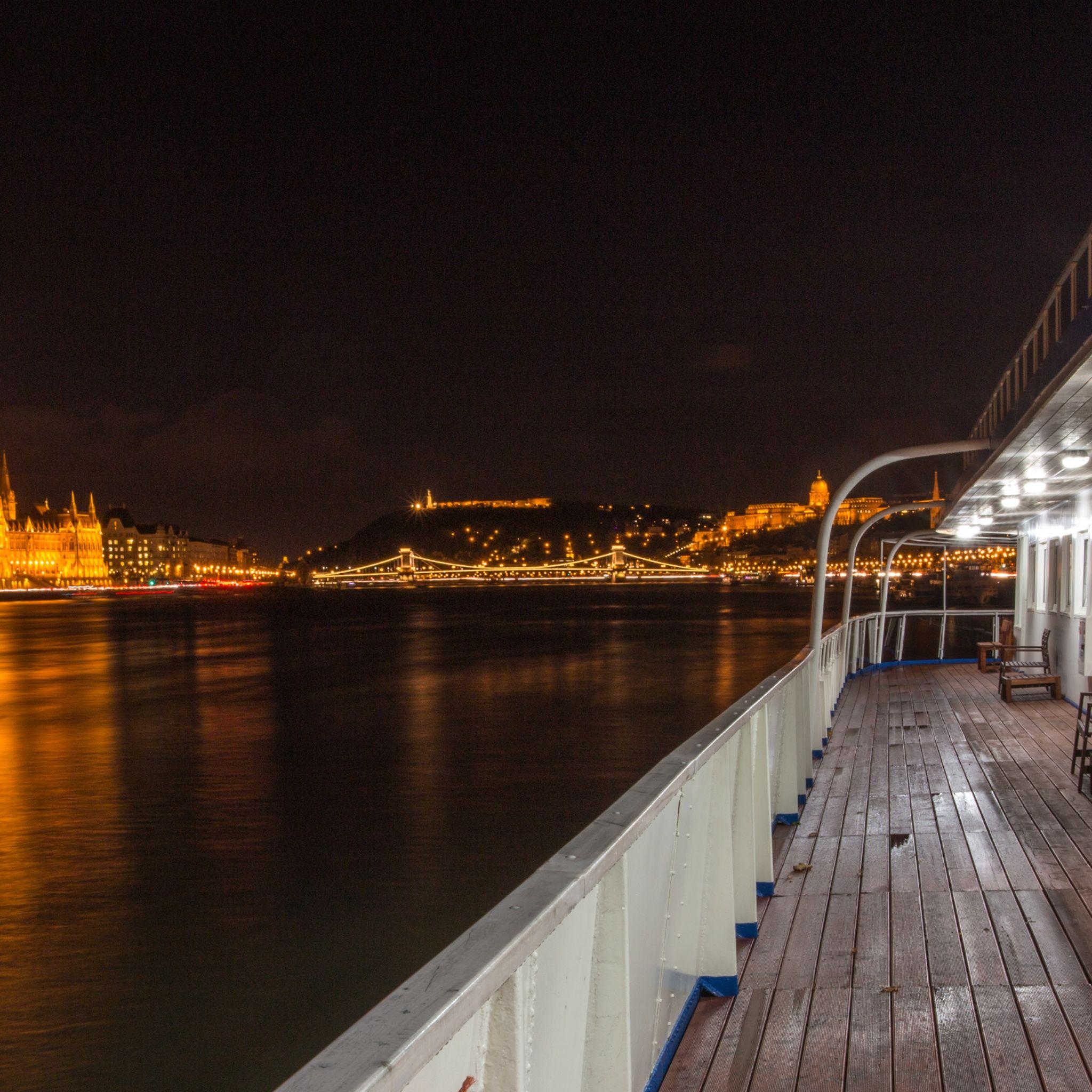 Grand Jules Boat Hotel Budapest - Lilla terem - Lilla teremkon