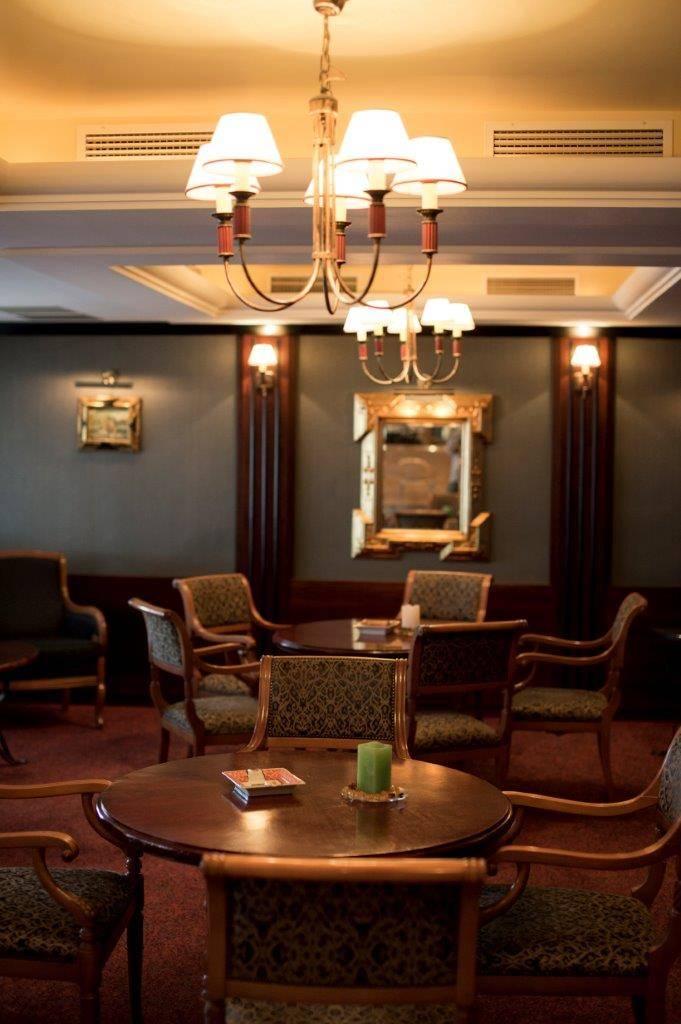 Hotel Marina-Port Balatonkenese - Szivar - exkluzív tárgyaló - -