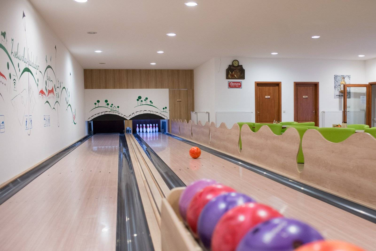 Zselicvölgy Szabadidőfarm Hajmás - Bowling terem - -