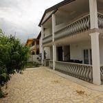 Apartments Emira Vir