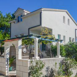 Apartments Llr Orebić