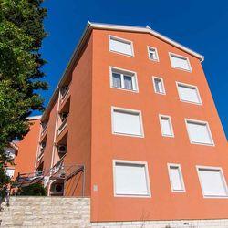 Apartment Anna Okrug Gornji