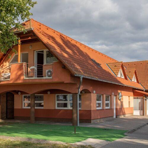 NaposPart Resort Apartman Siófok