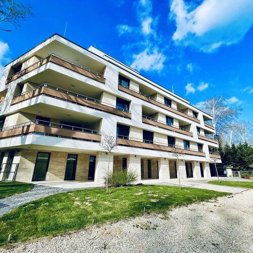 d.Five Balaton Kisfaludy Residence Balatonfüred