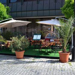 Fedezd fel Győrt! 3 napos pihenés 2 főre reggelivel a belvárosi Hotel Konferenciában***, hétvégéken felár nélkül
