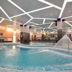 4 nap / 3 éj Egerben, a Hotel Eger & Parkban 2 fő és egy 4 év alatti gyerek részére, félpanziós ellátással, wellness használattal, extra ajándékokkal