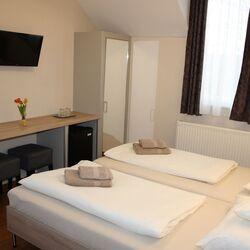 3 nap / 2 éj Feltöltődés Sopronban, a Pólus Panzióban, 2 fő részére, reggelivel, extra kedvezményekkel, hétvégén is felhasználható