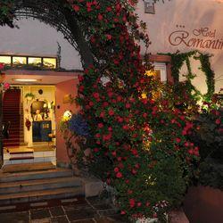 Karácsonyi Ajándékcsomag! 3 nap Egerben Élményfürdő Wellnesszel és Múzeum Belépőkkel