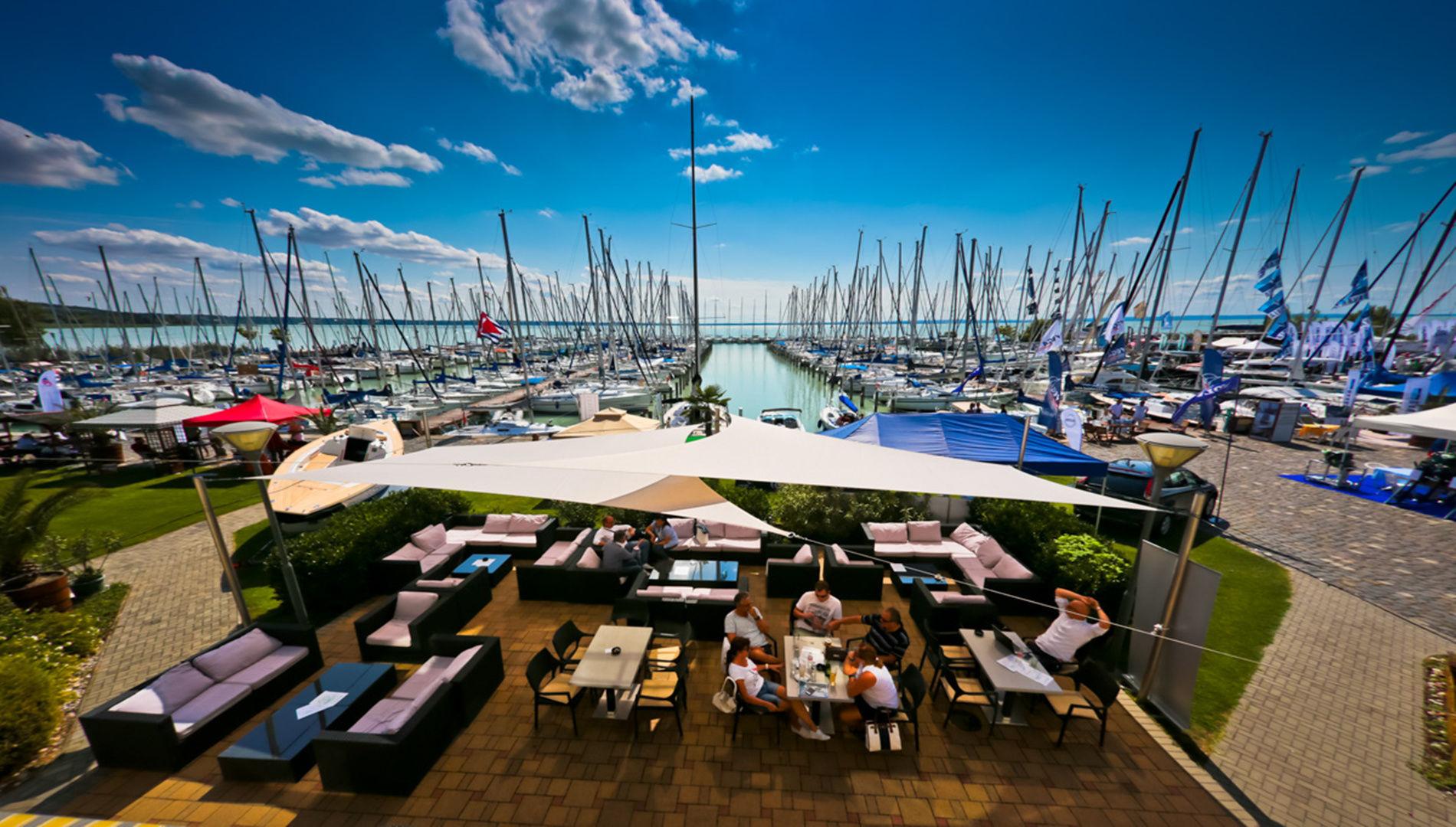 Hotel Marina-Port Balatonkenese - Hotel