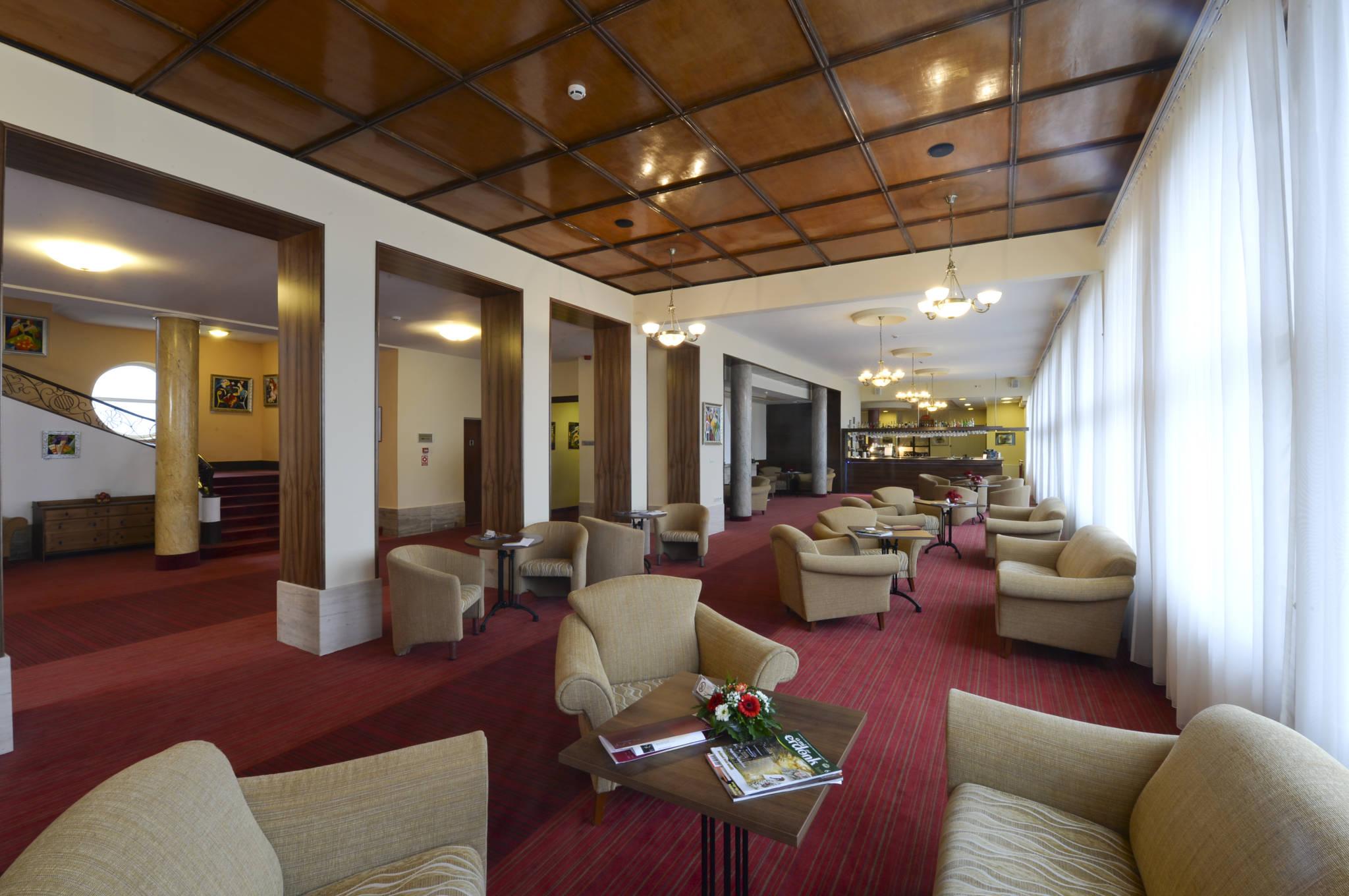 Hunguest Grandhotel Galya Galyatető - Lobby