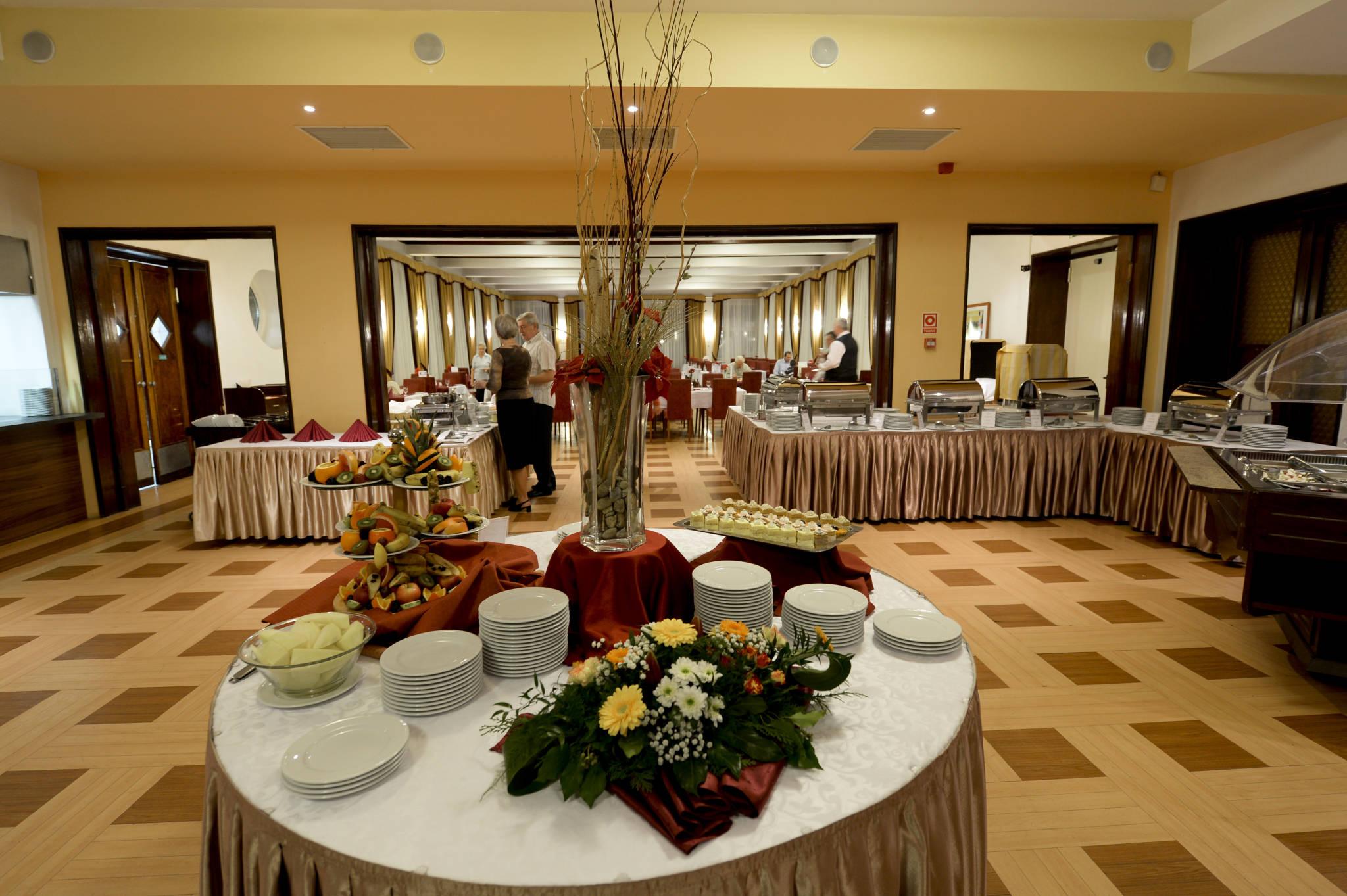 Hunguest Grandhotel Galya Galyatető - Panoráma étterem