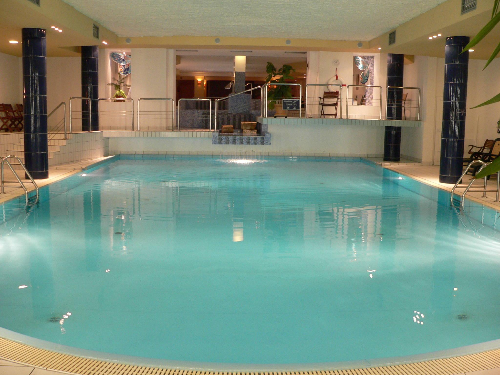Hunguest Grandhotel Galya Galyatető - Úszómedence