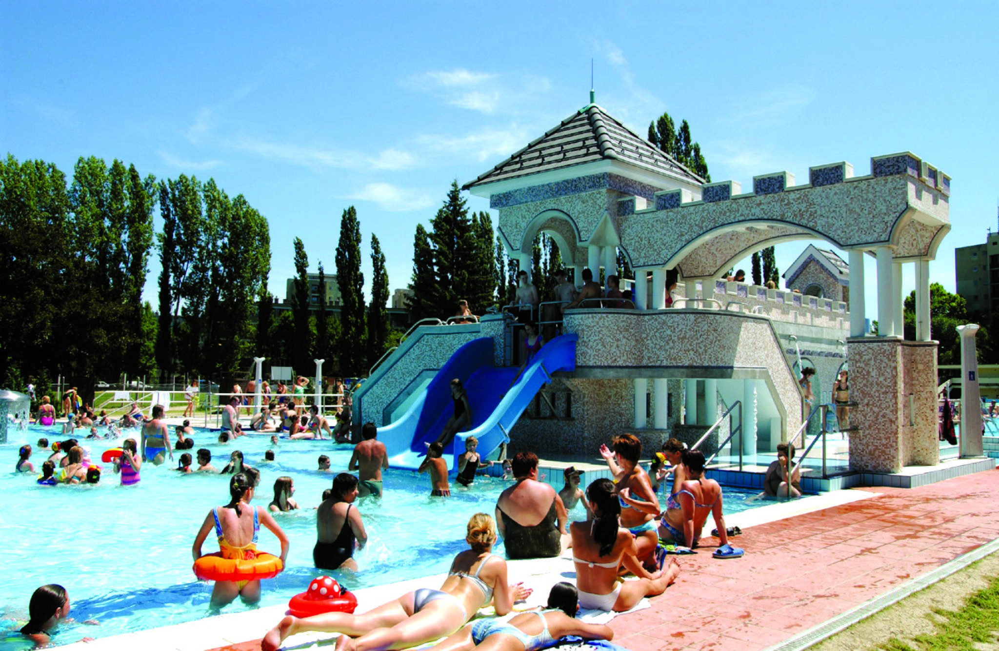 Hunguest Hotel Flóra Eger - Strand- vizivár