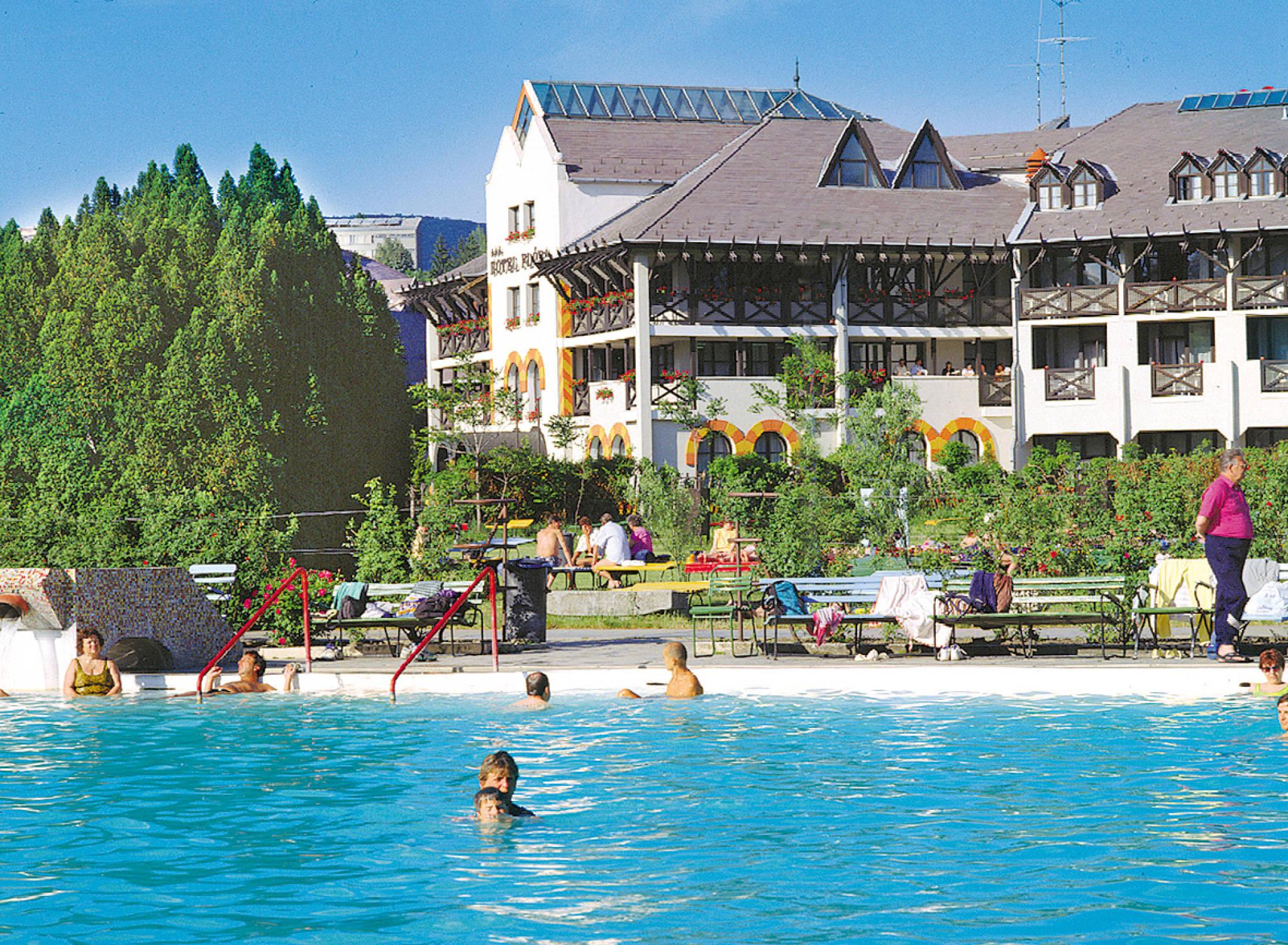 Hunguest Hotel Flóra Eger - Hotel Flóra