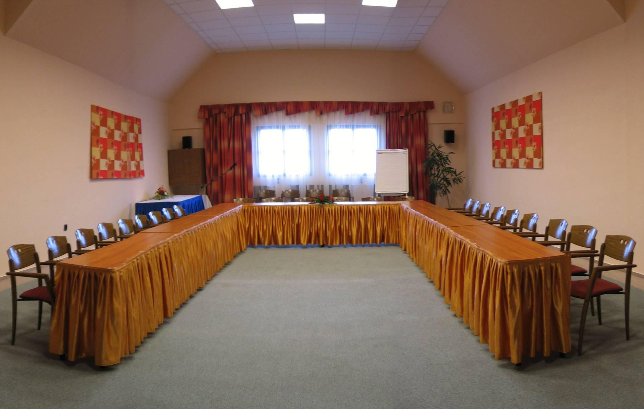 Hunguest Hotel Flóra Eger - Konferencia terem