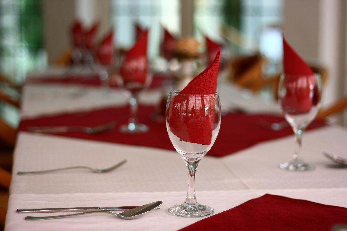 Két Korona Konferencia és Wellness Hotel Balatonszárszó - Étterem