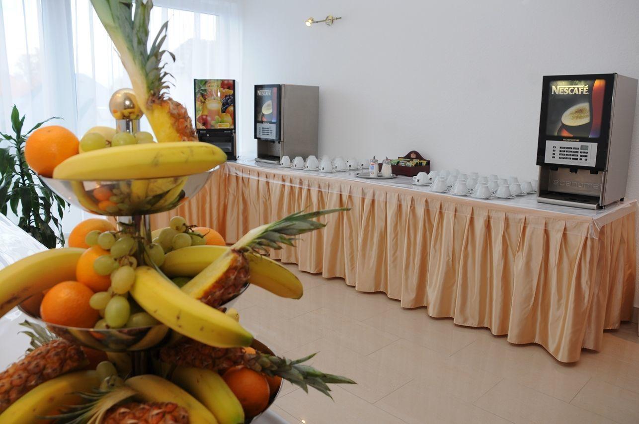 Két Korona Konferencia és Wellness Hotel Balatonszárszó - Kávészünet