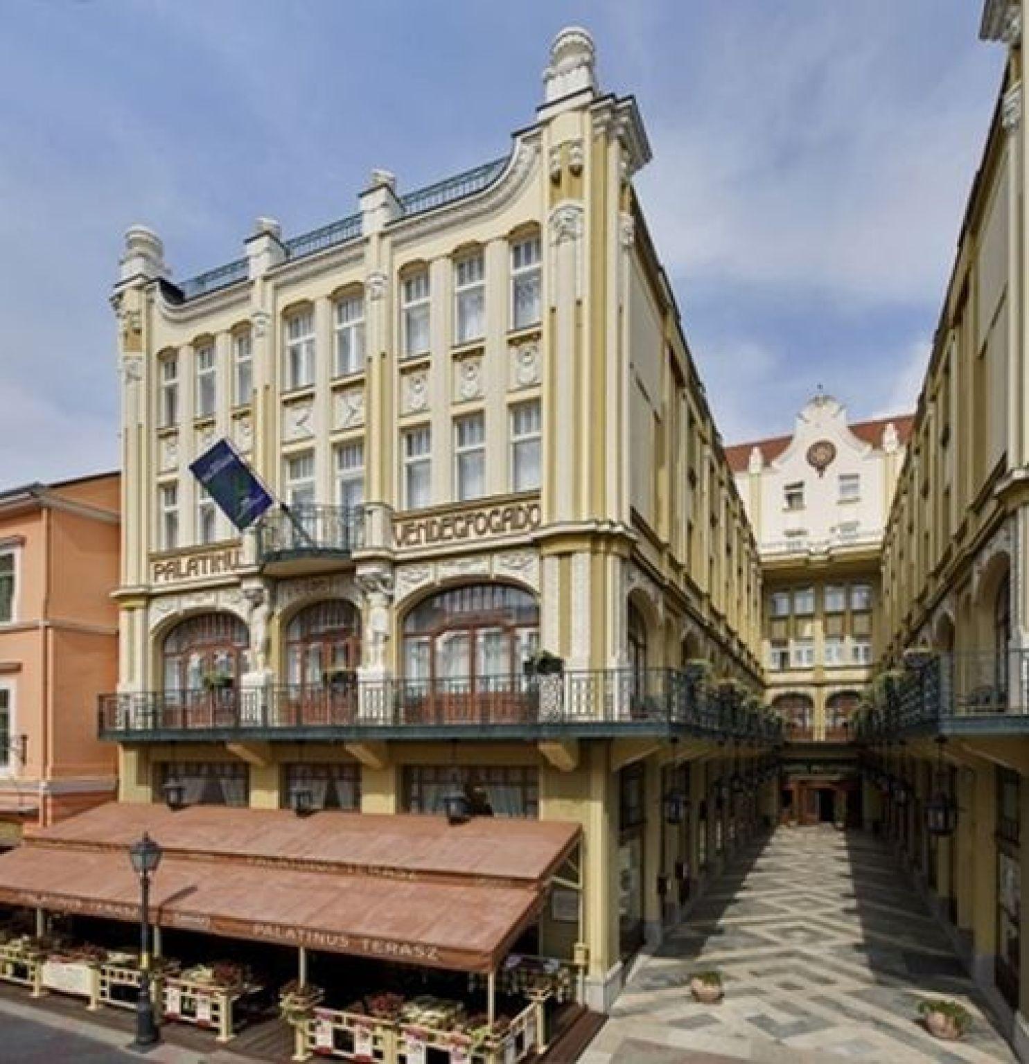 Hotel Palatinus City Center Pécs - Hotel Palatinus