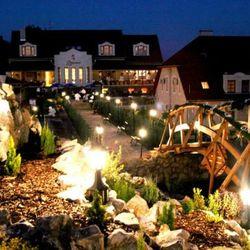 Romantikus városnézés és wellness Egerben, 3 nap/2 éjszaka, félpanzióval, vacsorához korlátlan borfogyasztással, wellness használattal és a' la carte étkezésekre kedvezmény