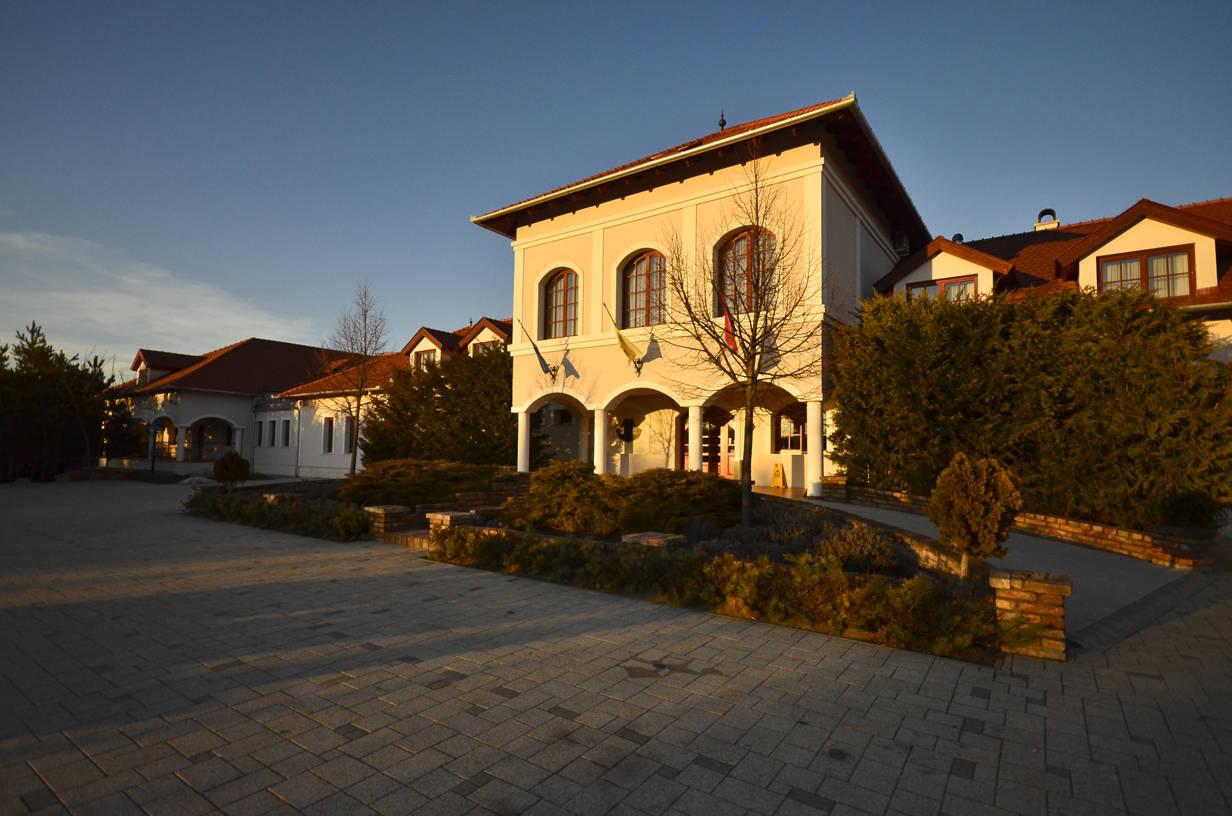 Bodrogi Kúria Wellness Hotel Inárcs - Épület