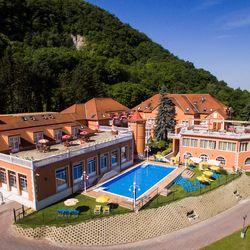 3 nap / 2 éjszaka Esztergomban, a Bellevue Hotelben 2 fő részére, félpanziós ellátással, wellness használattal, ingyenes internettel