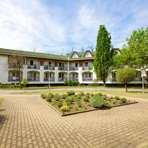 Auguszta Hotel és Diákszálló Debrecen