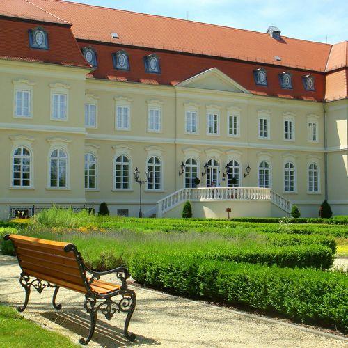 La Contessa Kastélyhotel Szilvásvárad - az épület