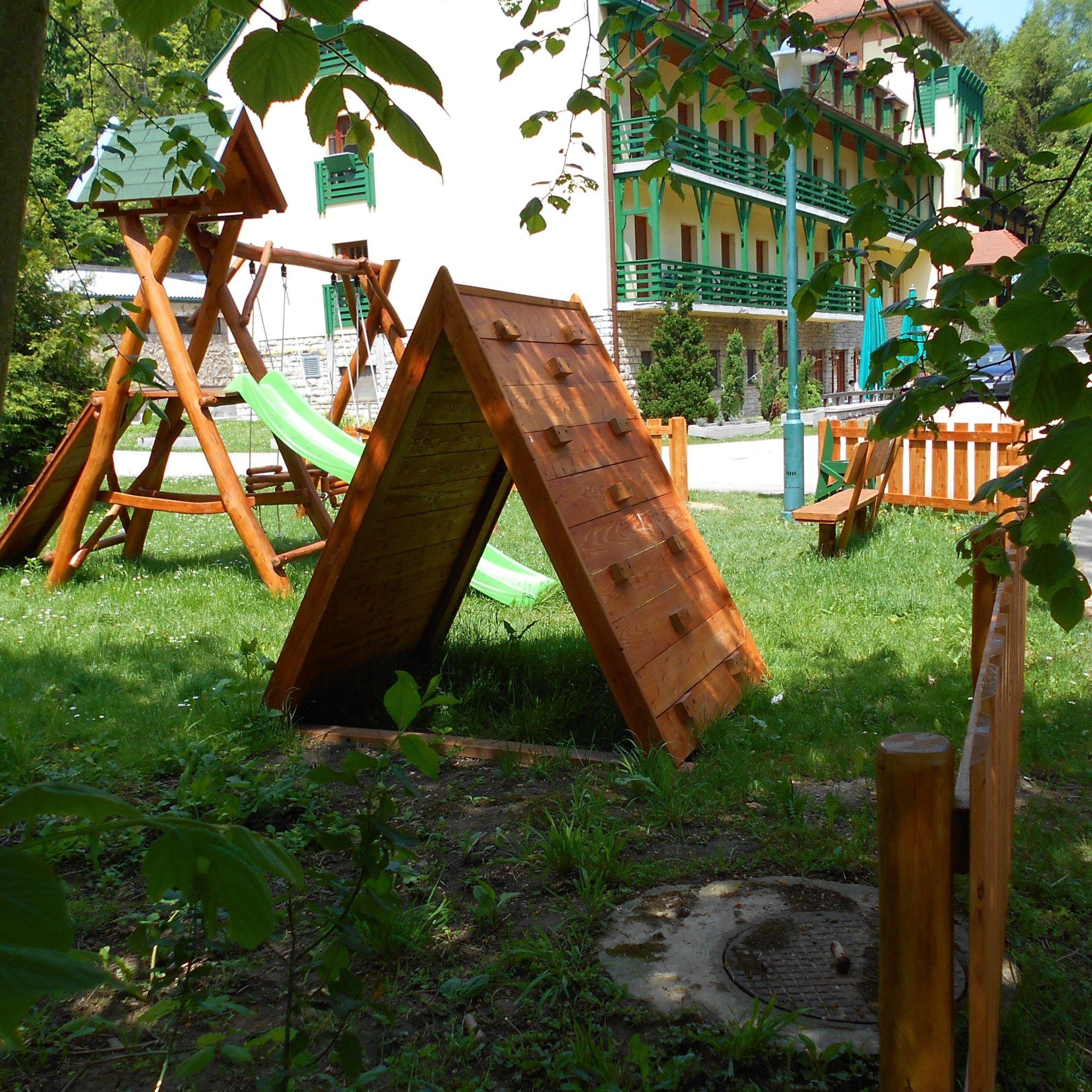 Bakony Hotel Bakonybél - Játszótér