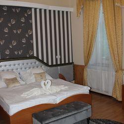 Szegedi téli pihenés, 3 nap/2 éjszaka hétvégi felár nélkül, 2 fő részére, félpanzióval, kedvezményes fürdőbelépő vásárlási lehetőséggel