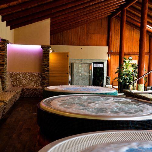 Kőkapu Vadászkastély és Hotel Nagyhuta
