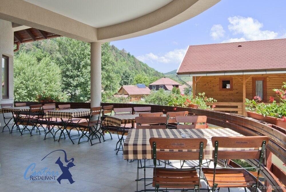 Pensiunea si restaurant Csatari