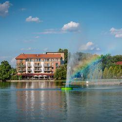 3 napos hétköznapi pihenés Gyopárosfürdőn a Hotel Corvus Aqua-ban 2 főre félpanziós ellátással, extra hosszú felhasználással