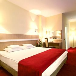 Trianon Hotel Bucureşti ***
