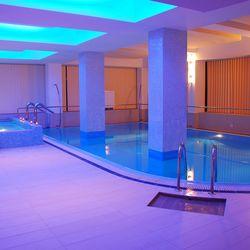 Wellness & Spa Hotel Nevis Oradea ****