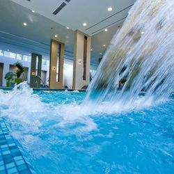 Abacus Business & Wellness Hotel Herceghalom ****