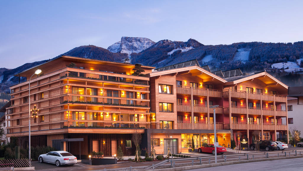 Das posthotel design tirol zell am ziller for Design hotel zillertal