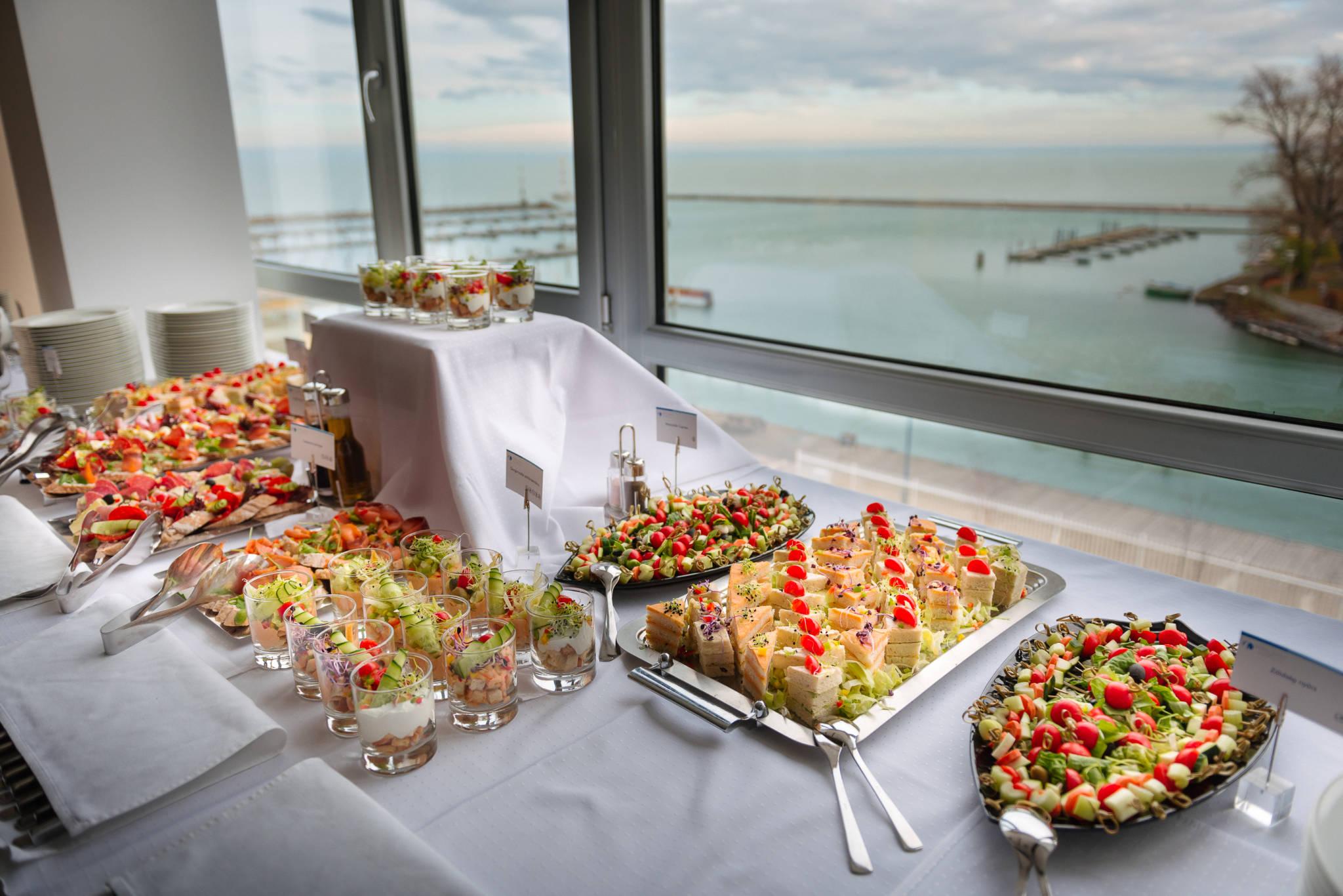 Hotel Yacht Wellness & Business Siófok - Rendezvény - kávészünet