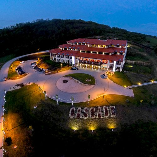 Hotel Cascade Resort Spa & Conference Demjén