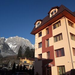 Hotel IRI Bușteni ***