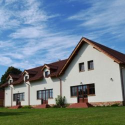 Villa Filia Okoč