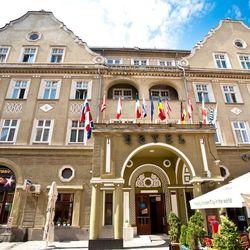 Hotel Coroana Braşov **