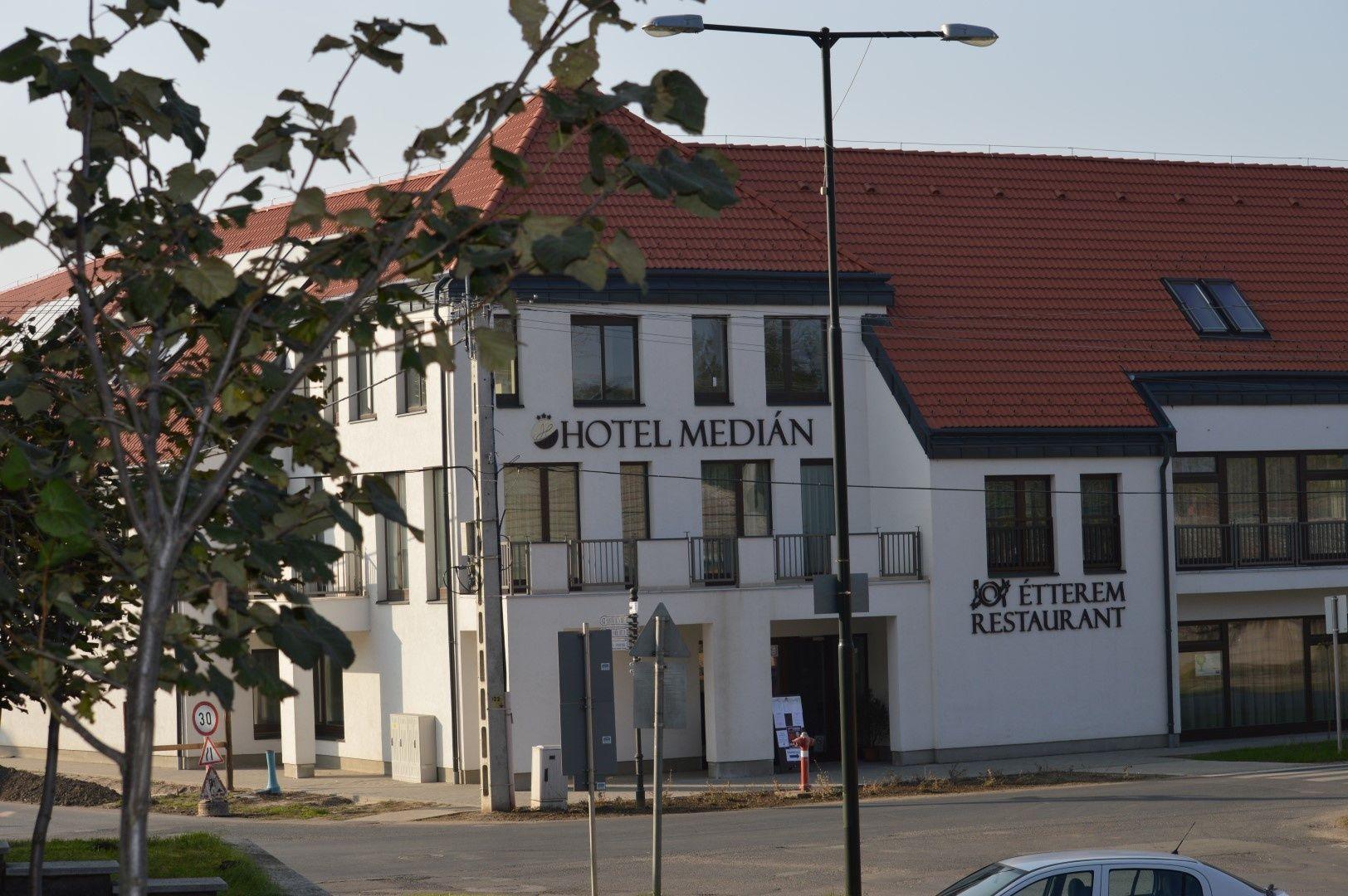 Hotel Median Hajdúnánás - Medián Hotel*** külső fotó