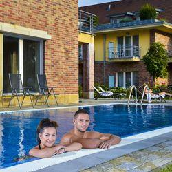 Szép kártya mentő akció! - 3 napos wellness Visegrádon a Royal Club Hotelben**** félpanzióval, extra hosszú felhasználással, ünnepnapokon és nyáron felár ellenében